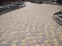 Тротуарная плитка для частного дома — красивые идеи кладки и советы новичкам в фото-обзоре!