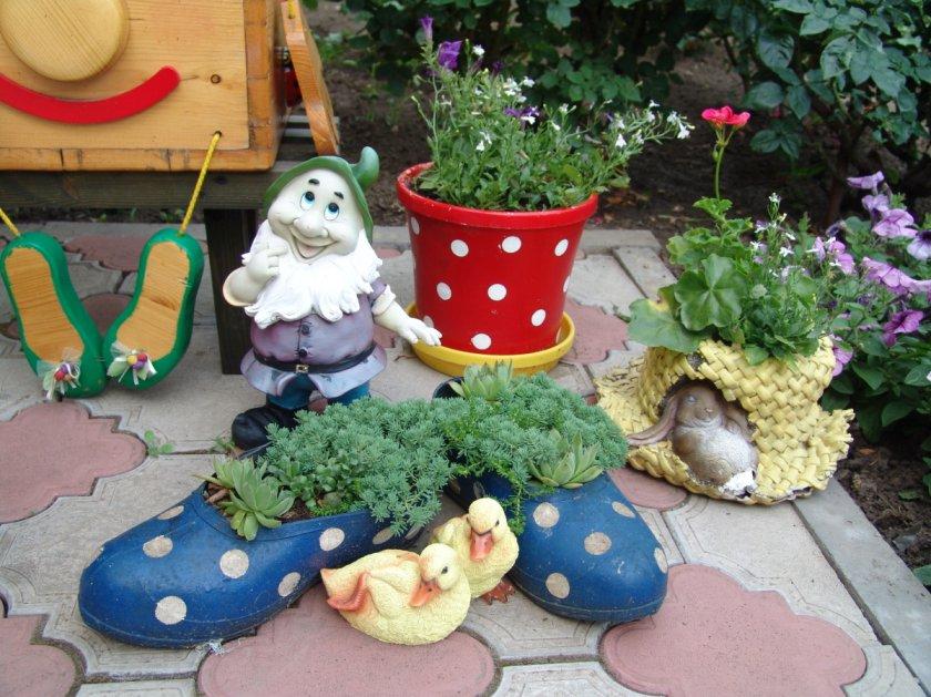 Садовые поделки своими руками с фото 938
