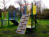 Детская площадка на дачном участке — Красивые и безопасные варианты на 89 фото!