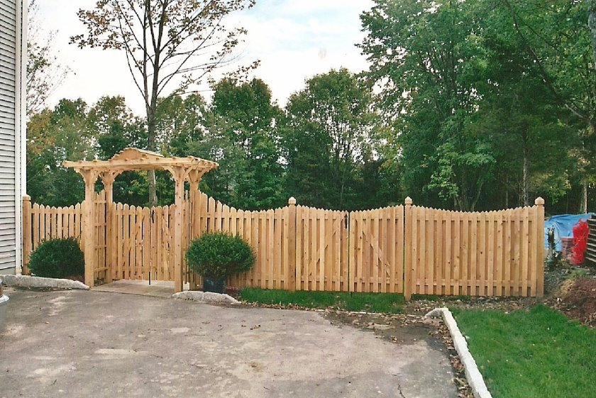 Декоративный забор для дачи – 16 фото с примерами и этапами работ